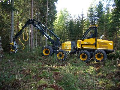 Harvester Metsis 608H